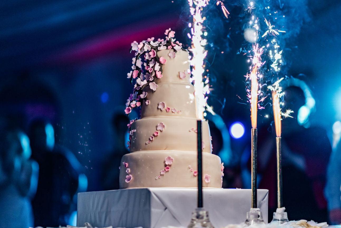 5 motive pentru a angaja un fotograf profesionist de nunta