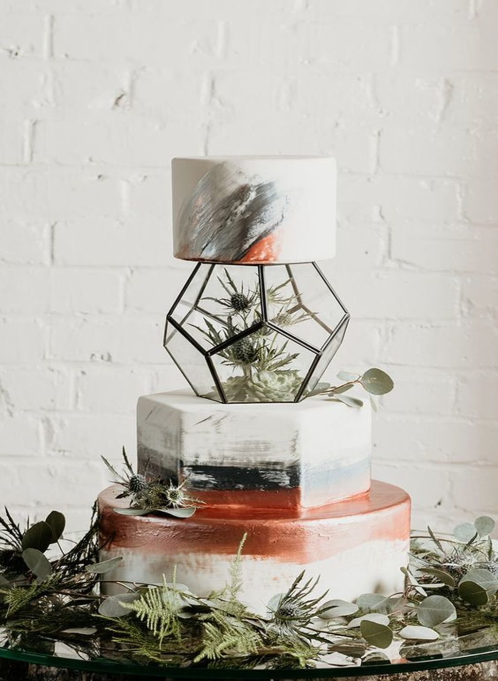tort de nunta geometric