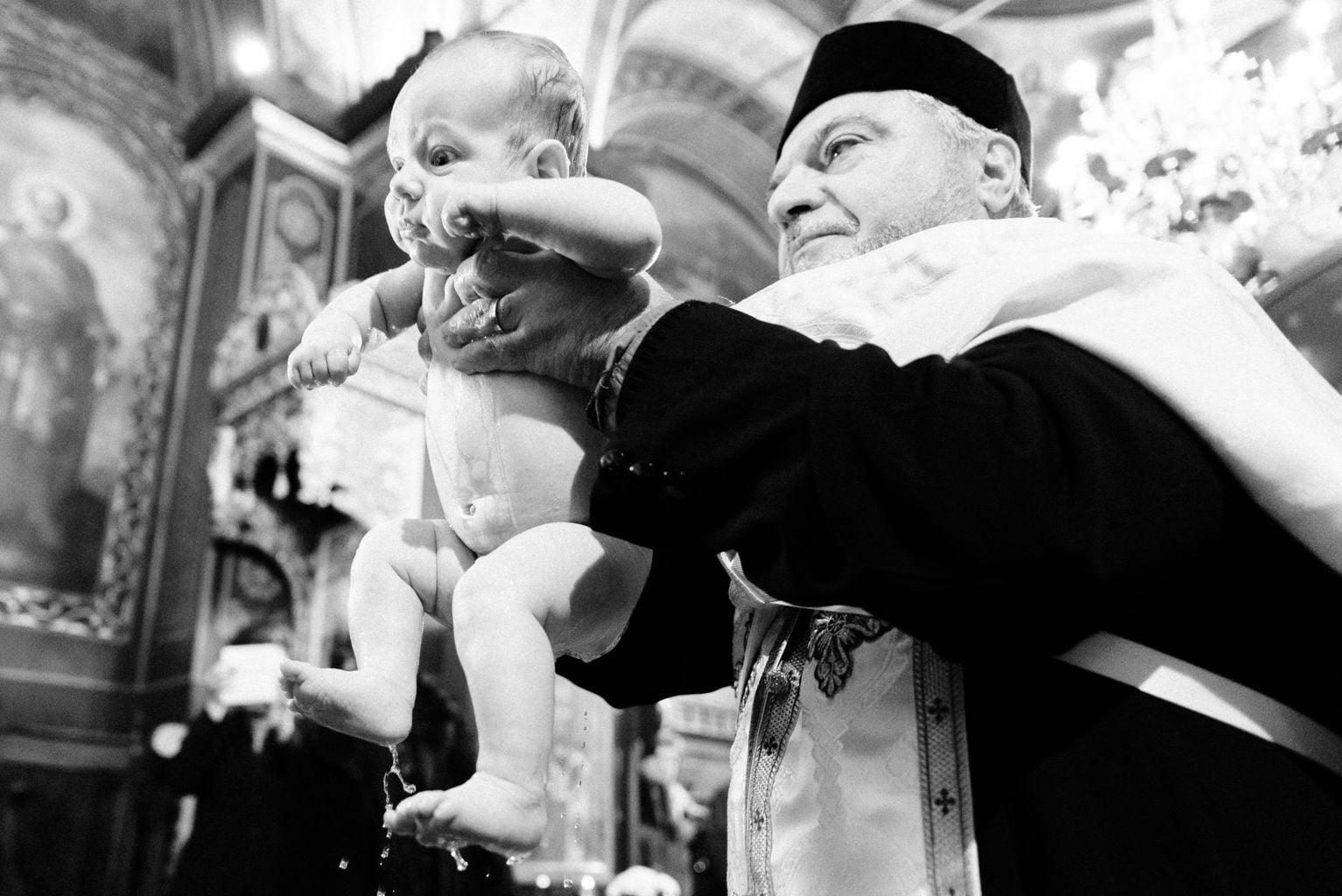 fotograf profesionist botez Bucuresti fotograf botez biserica Alba Bucuresti