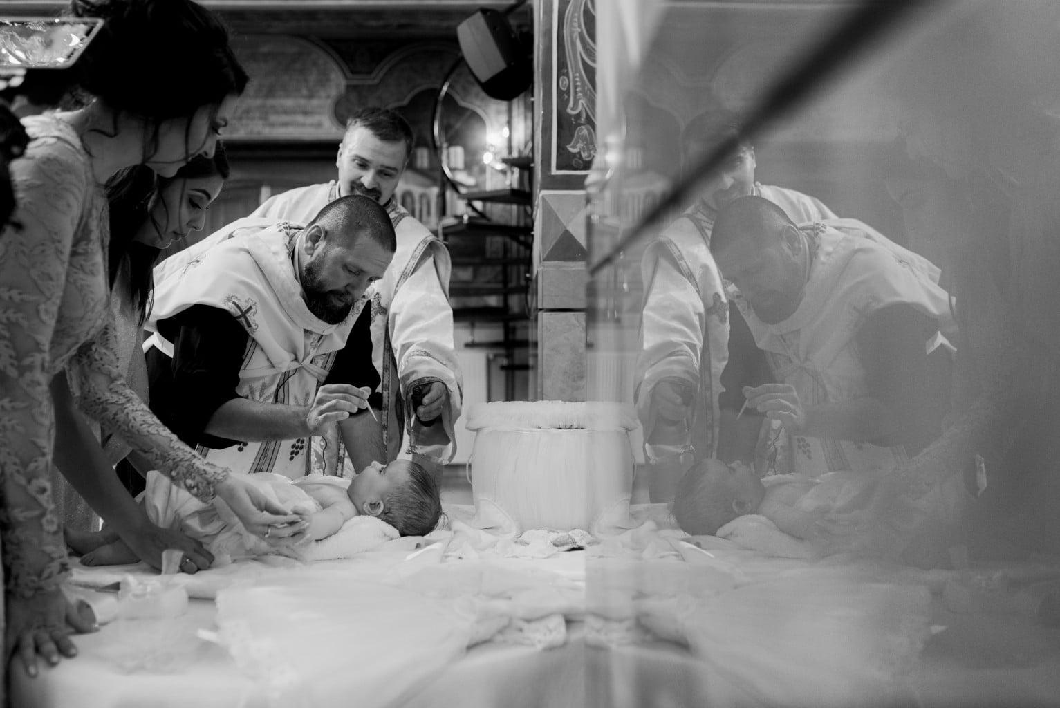 fotograf botez Biserica Sf. Antonie Maicaneasa