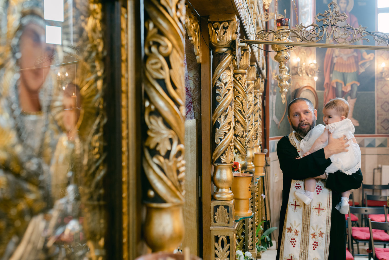 fotografii biserica antonie maicaneasa